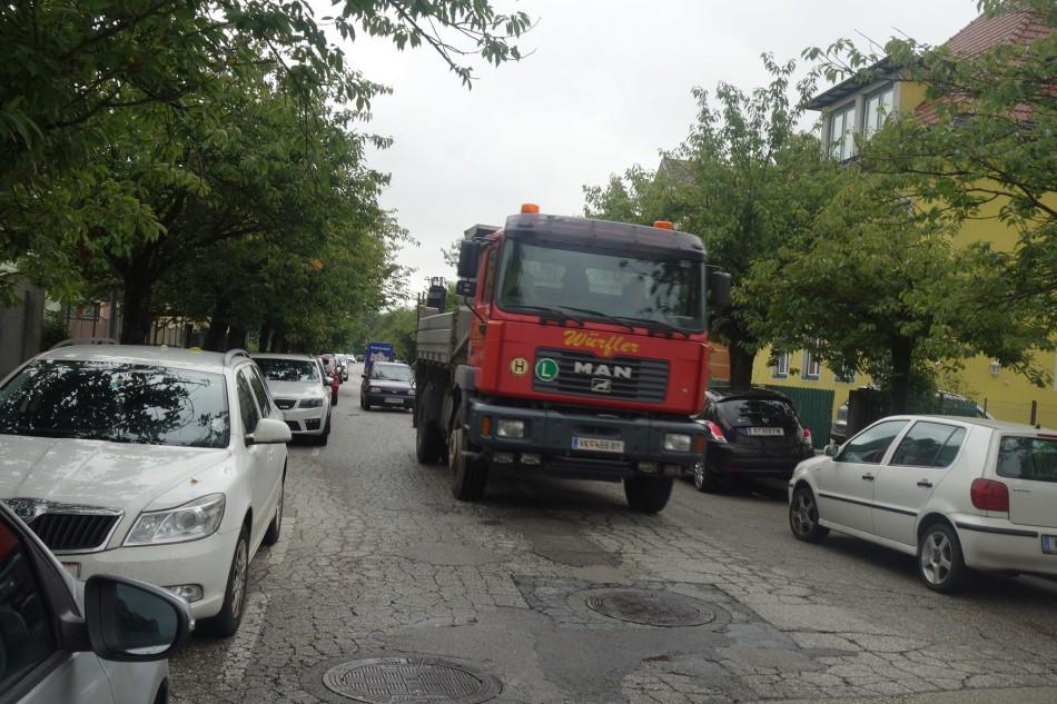 Schulbeginn: Gefährliches Nadelöhr in der Jergitschstraße
