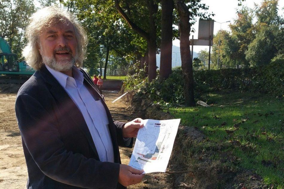 Minimundus-Parkplatz: Frey über beschädigte Bäume entsetzt!