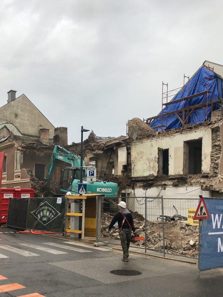 Abriss Pötzl-Haus – Wieder ein Stück Geschichte weniger