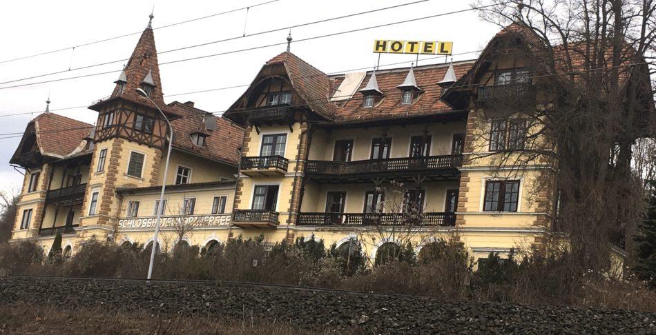 Hotel Wörthersee: Architektur-Juwel in Gefahr